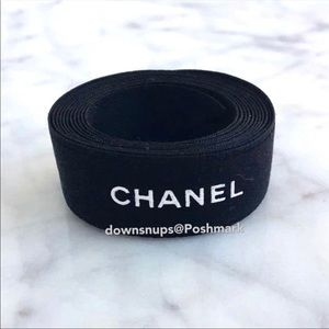 Chanel classic black and white wrapping ribbon